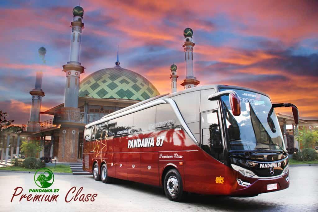 Bus Premium Class Pandawa 87