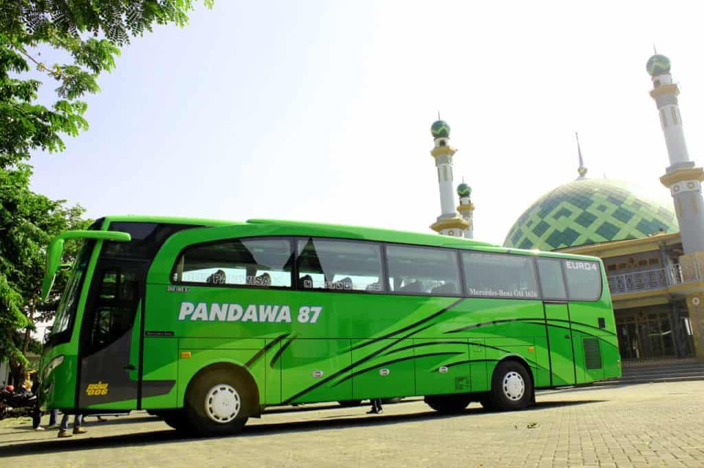 Bus Besar HD Pandawa 87